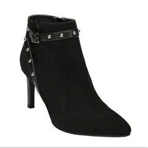 SAM & LIBBY BLACK STUDDED ANKLE BOOTIES SIZE 6